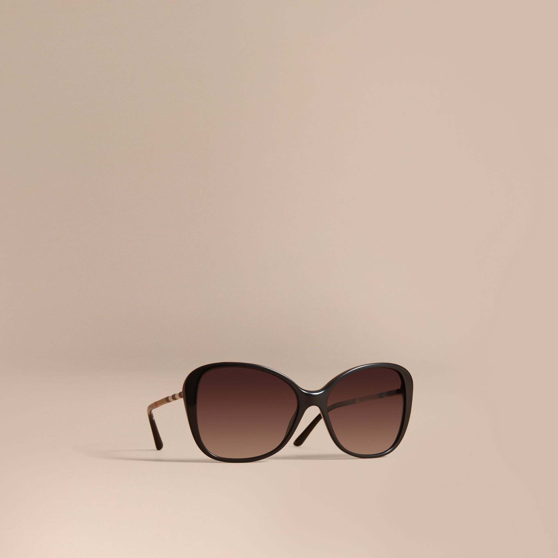 Check Detail Butterfly Frame Sunglasses Black - gallery image 1