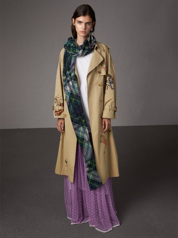 Tartan and Check Wool-silk Scarf in Ink Blue | Burberry United Kingdom - cell image 2