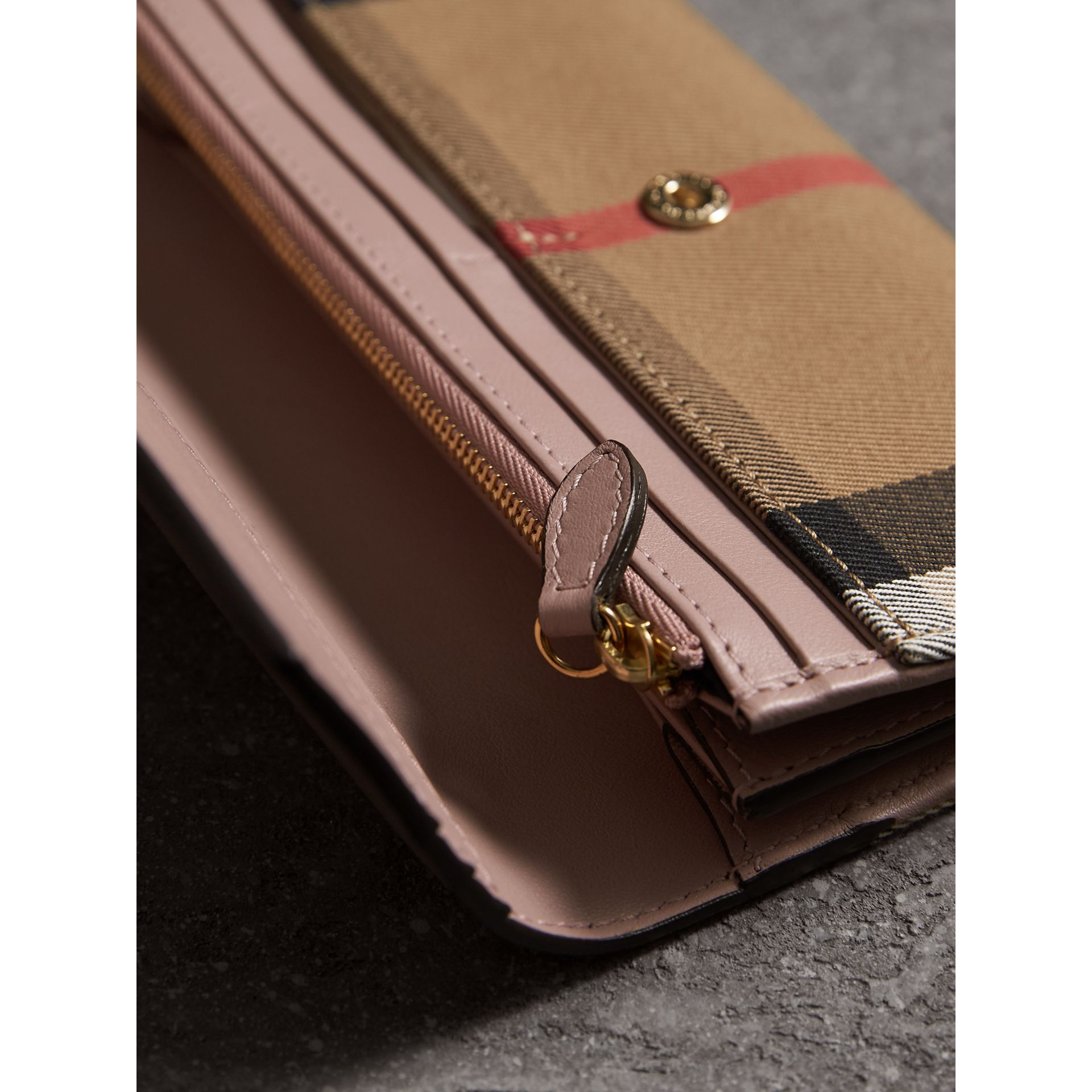 House Check And Leather Continental Wallet in Pale Orchid - Women | Burberry United Kingdom - gallery image 3
