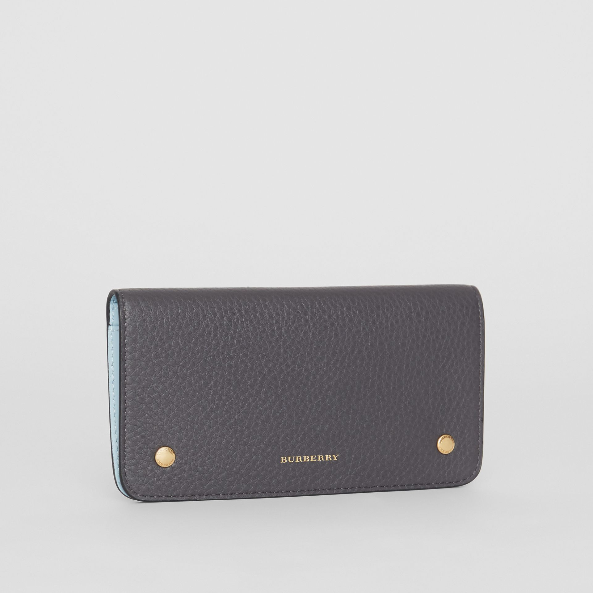 Leather Phone Wallet in Charcoal Grey - Women | Burberry - gallery image 4