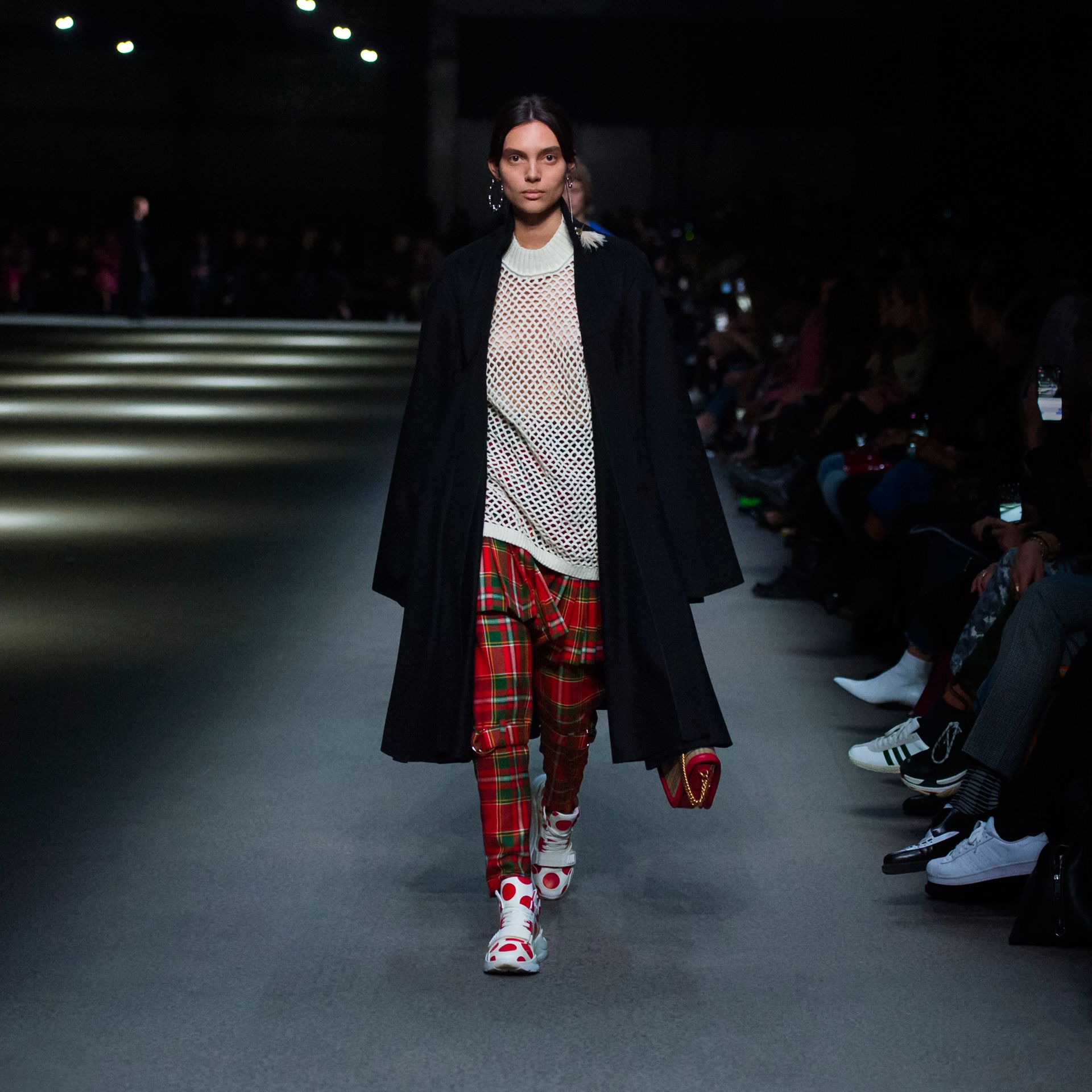 Pantalon punk en tartan Modern Stewart Royal (Rouge Vif) - Femme | Burberry - photo de la galerie 7