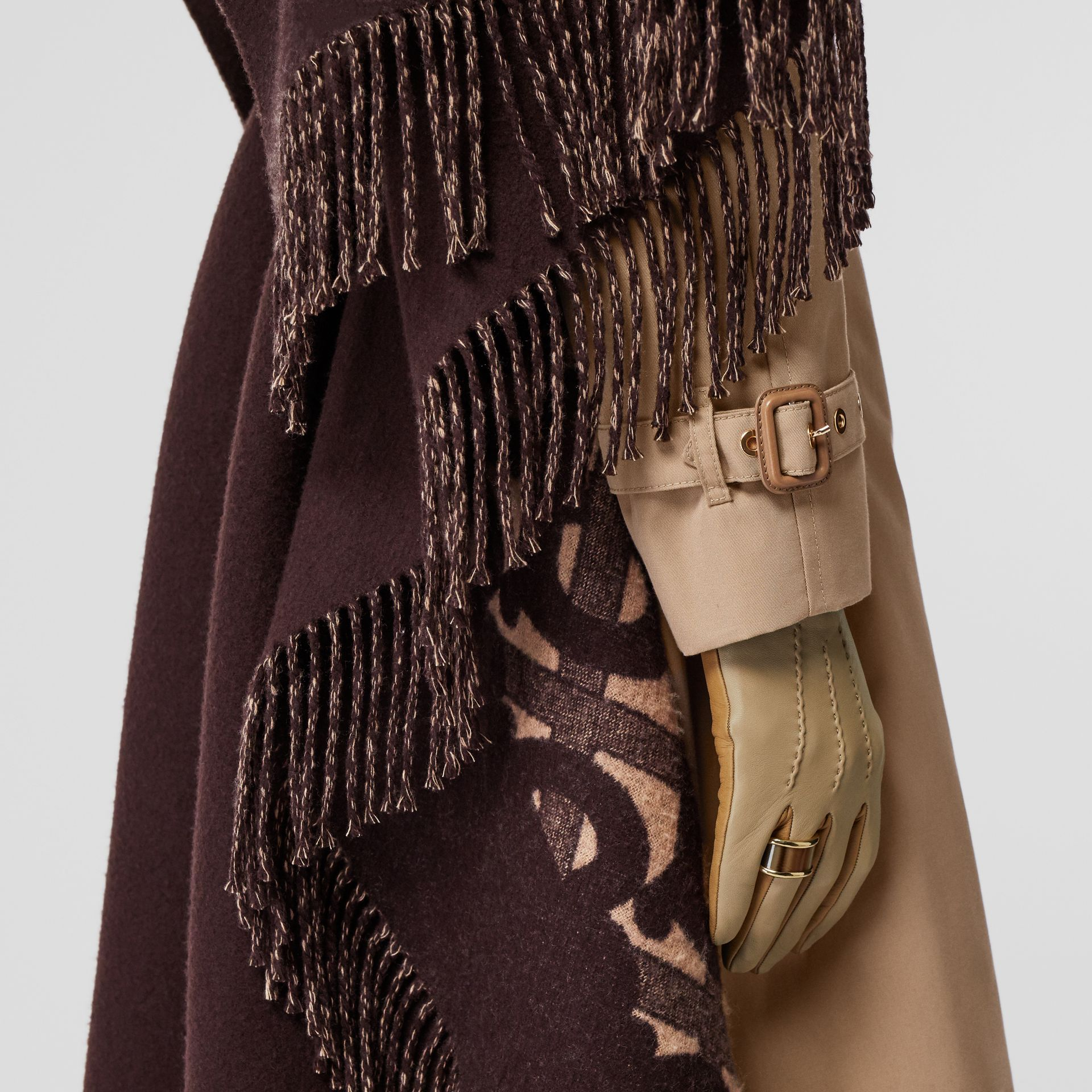 Blanket Detail Cotton Gabardine Trench Coat in Honey - Women | Burberry Singapore - gallery image 4