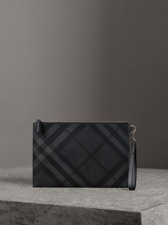 London Check Zip Pouch in Charcoal/black