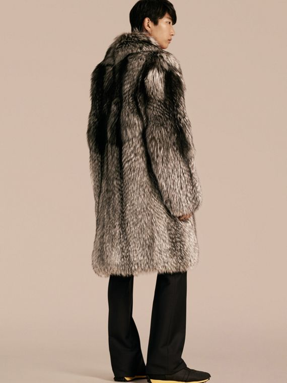 Natural Fox Fur Coat - cell image 2
