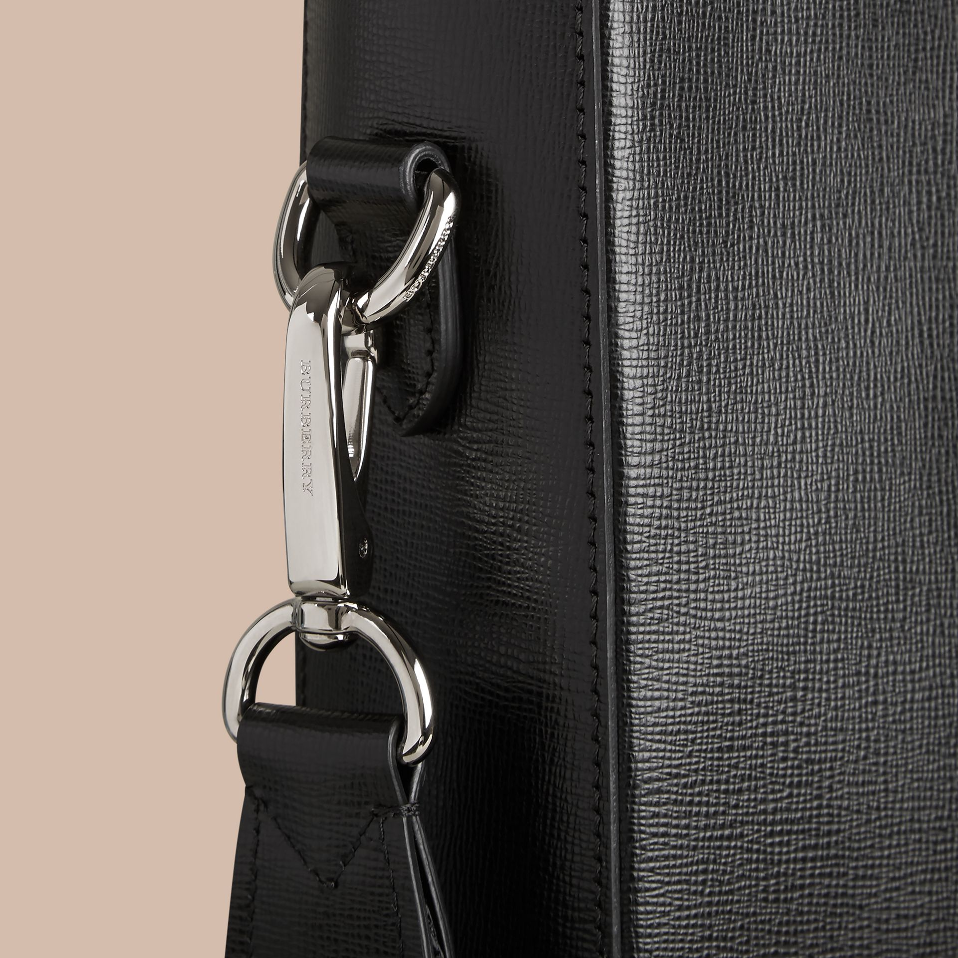 London Leather Tote Bag in Black - Men | Burberry - gallery image 6