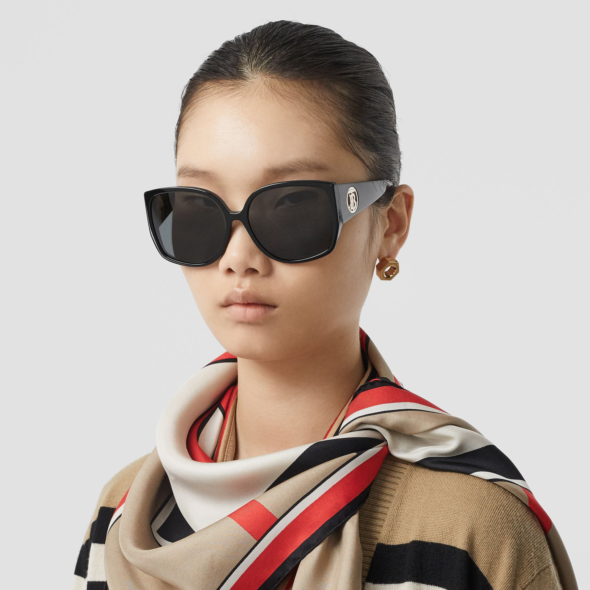 Oversized Butterfly Frame Sunglasses in Black - Women | Burberry Australia - gallery image 2