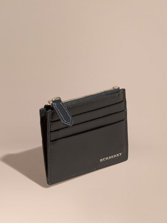 London Leather Zip-top Card Case in Black | Burberry