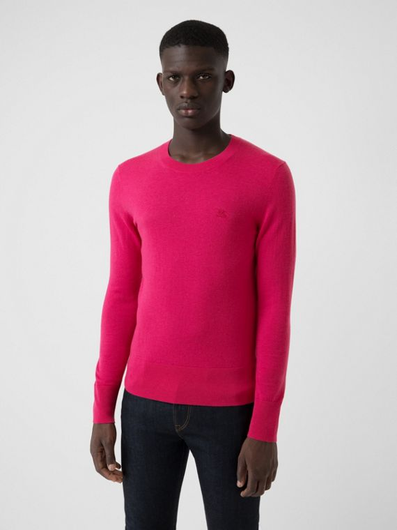 Crew Neck Cashmere Sweater in Bright Pink