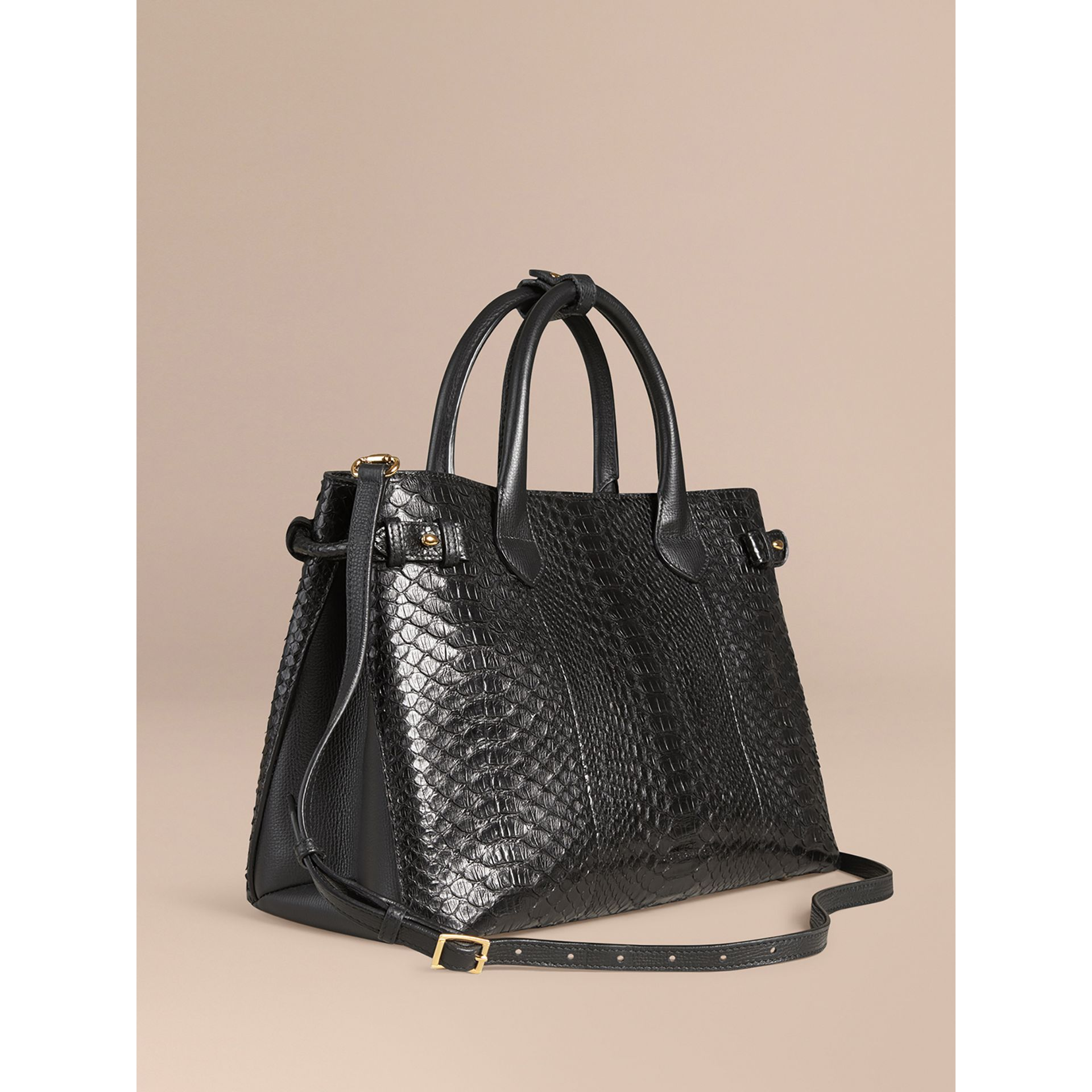 Sac The Banner medium en python (Noir) - Femme | Burberry - photo de la galerie 0