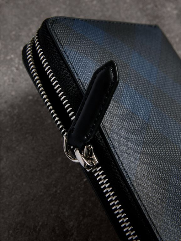 London Check Ziparound Wallet in Navy/black - Men | Burberry Singapore - cell image 1