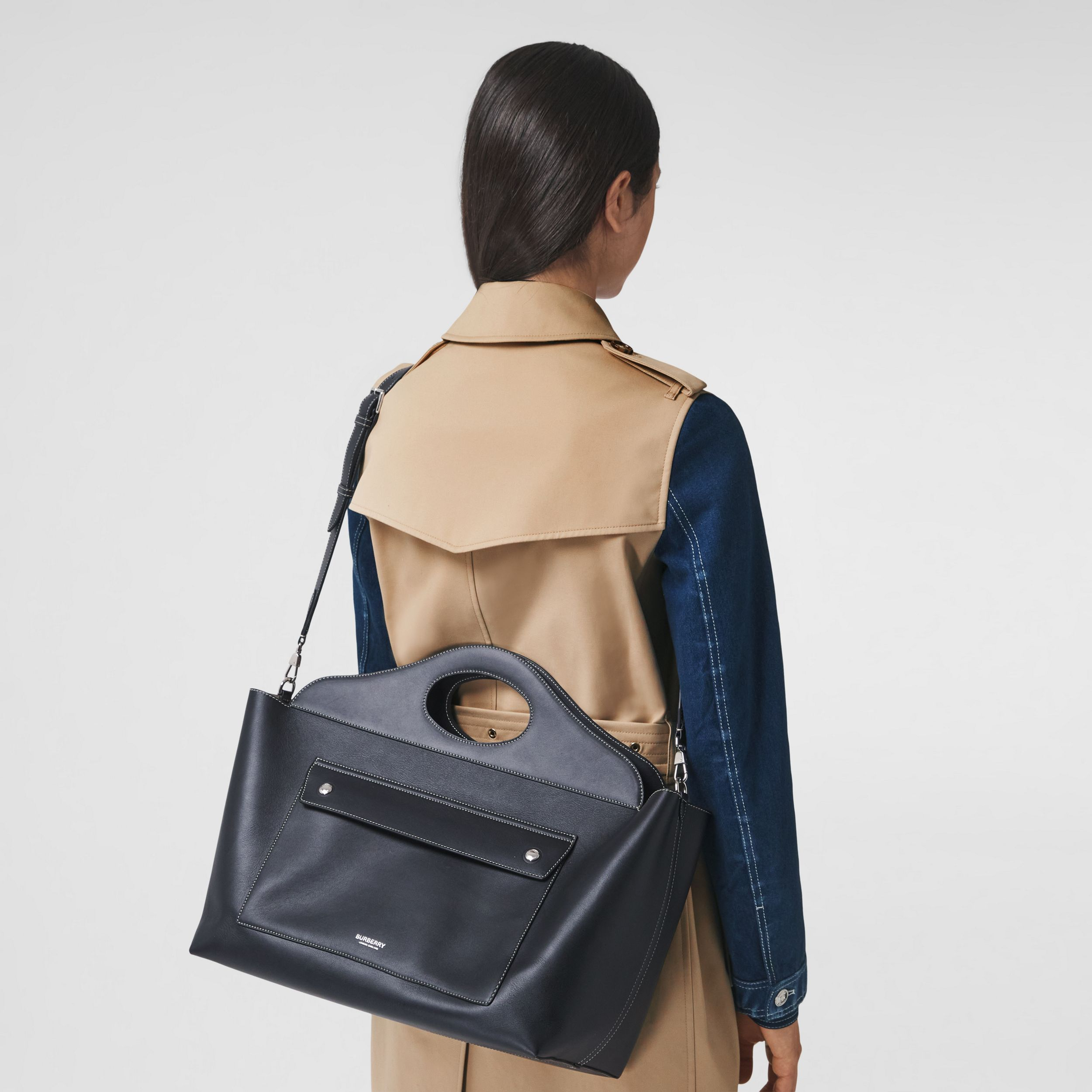 Medium Leather Soft Pocket Tote in Black - Women | Burberry - 3