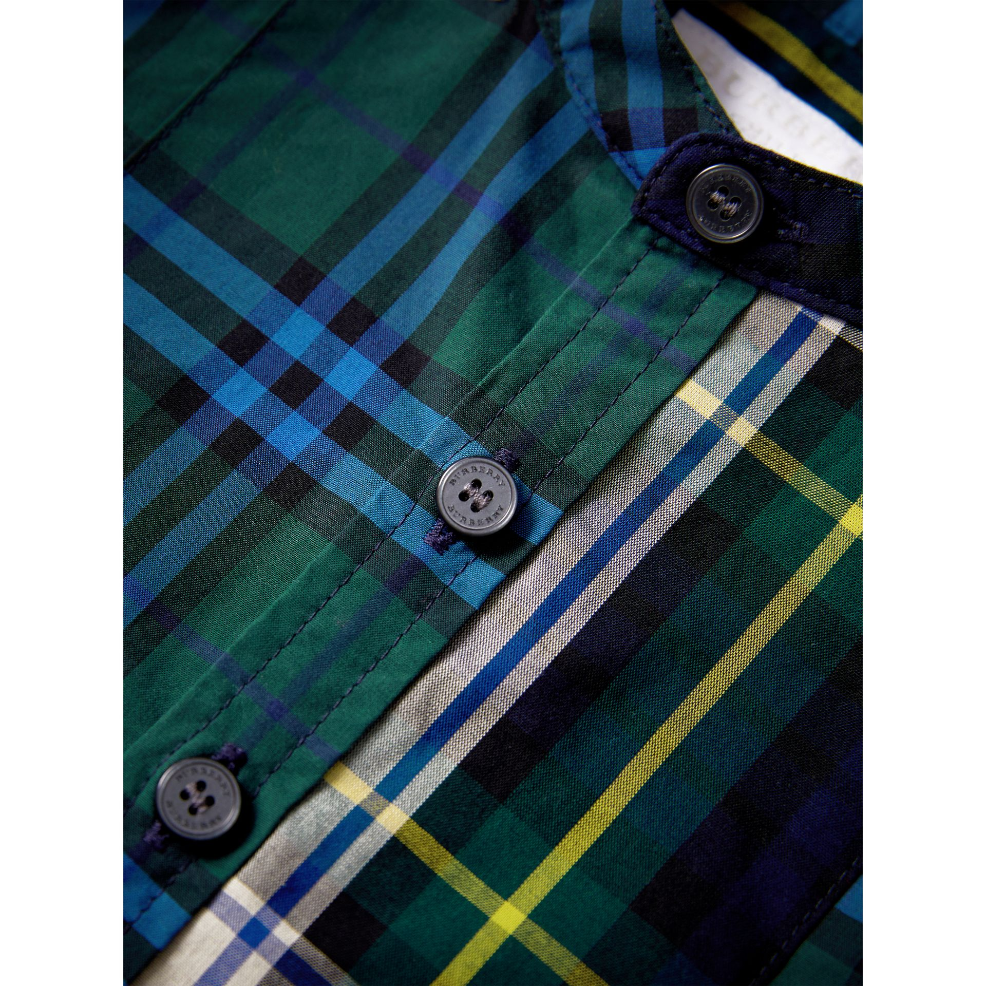 Panelled Tartan and Check Cotton Poplin Shirt in Forest Green | Burberry - gallery image 2