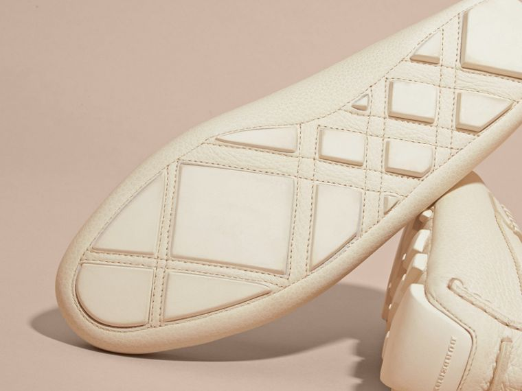 Tasselled Grainy Leather Loafers Off White - cell image 4