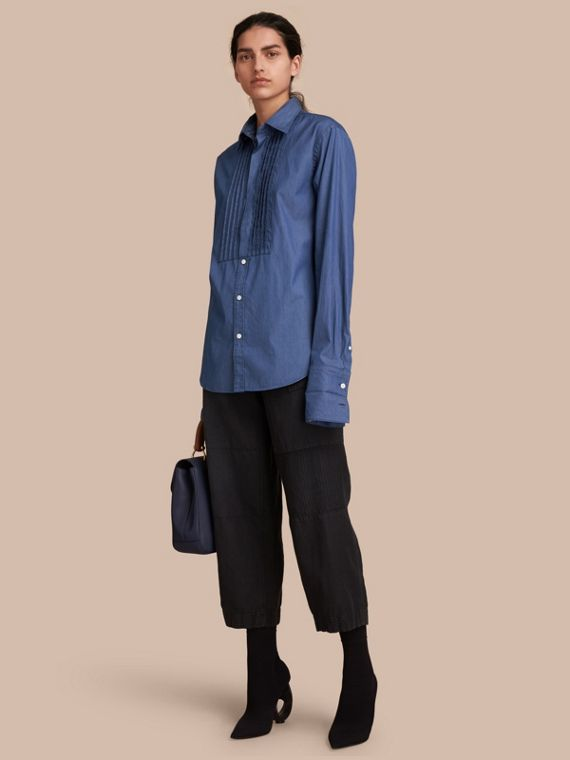 Unisex Double-cuff Pintuck Bib Cotton Shirt in Denim Blue