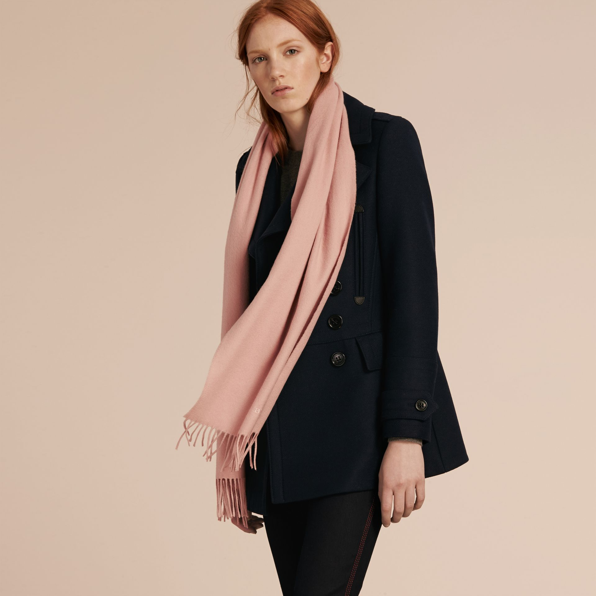 Ash rose The Classic Cashmere Scarf Rose - gallery image 4