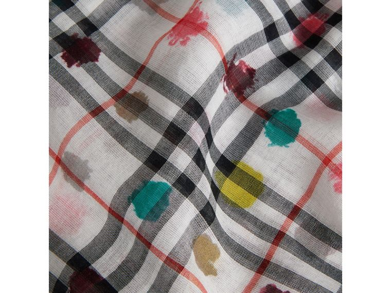 Dot Print and Vintage Check Cotton Square – Large in White | Burberry - cell image 1