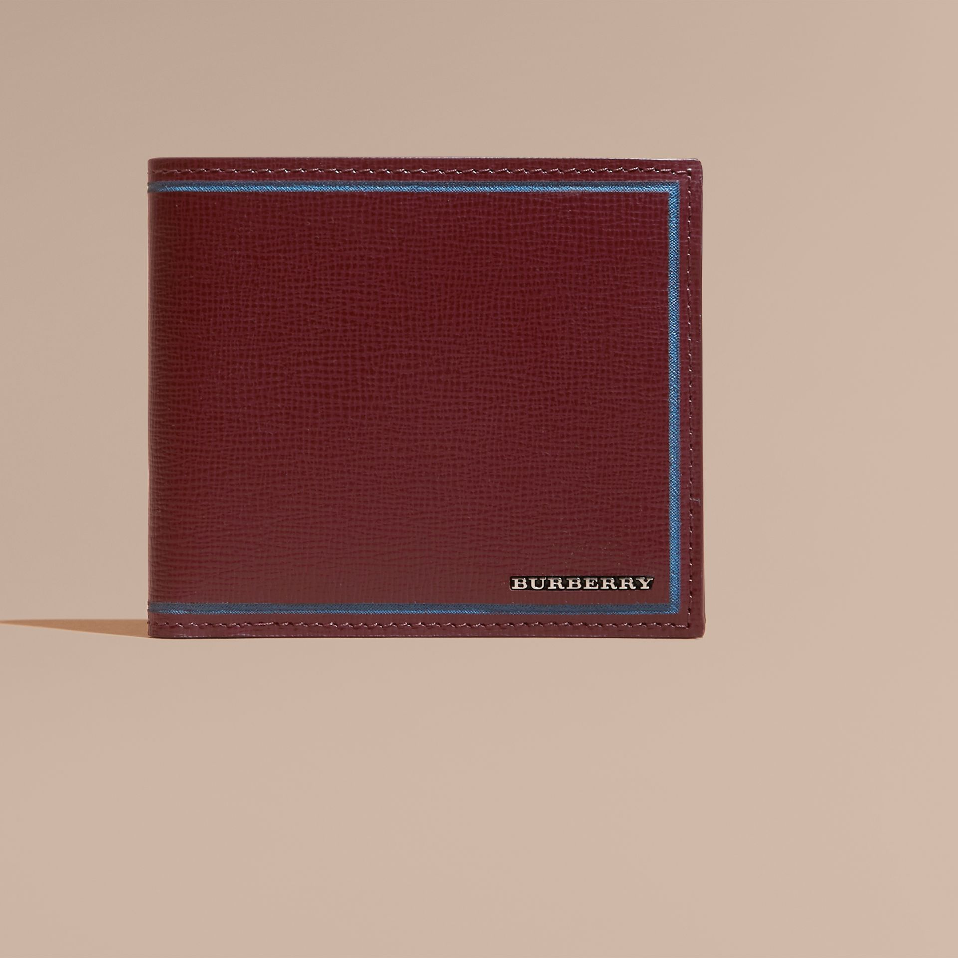 Burgundy red Border Detail London Leather Folding Wallet Burgundy Red - gallery image 3
