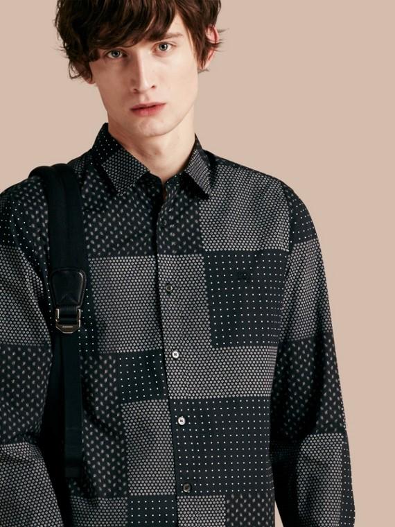 Camicia in cotone con stampa patchwork Nero