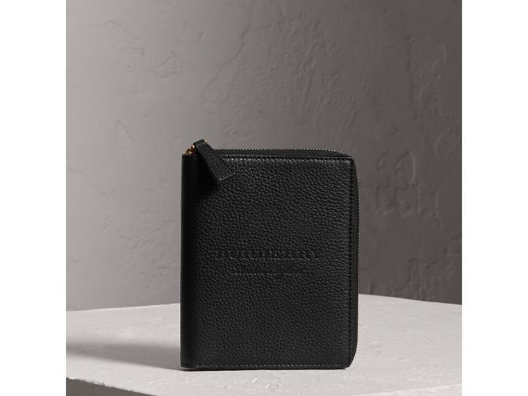 Embossed Grainy Leather Ziparound A6 Notebook Case in Black | Burberry - cell image 4