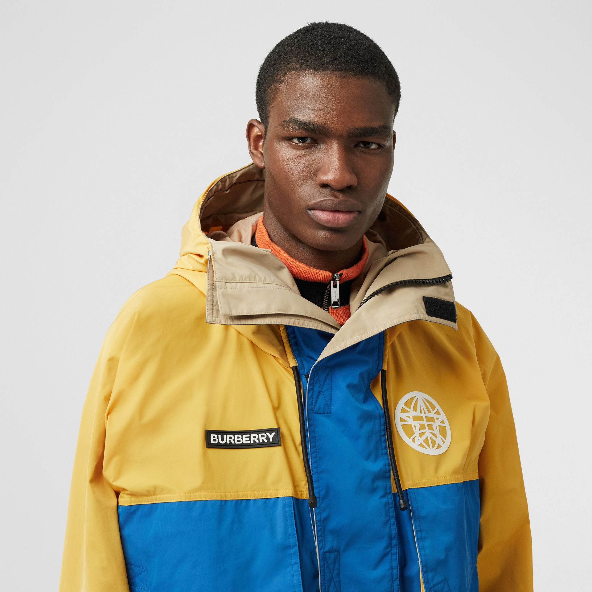 Globe Graphic Colour Block Technical Twill Jacket in Regency Blue | Burberry United Kingdom - gallery image 1