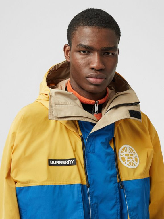Globe Graphic Colour Block Technical Twill Jacket in Regency Blue | Burberry United Kingdom - cell image 1