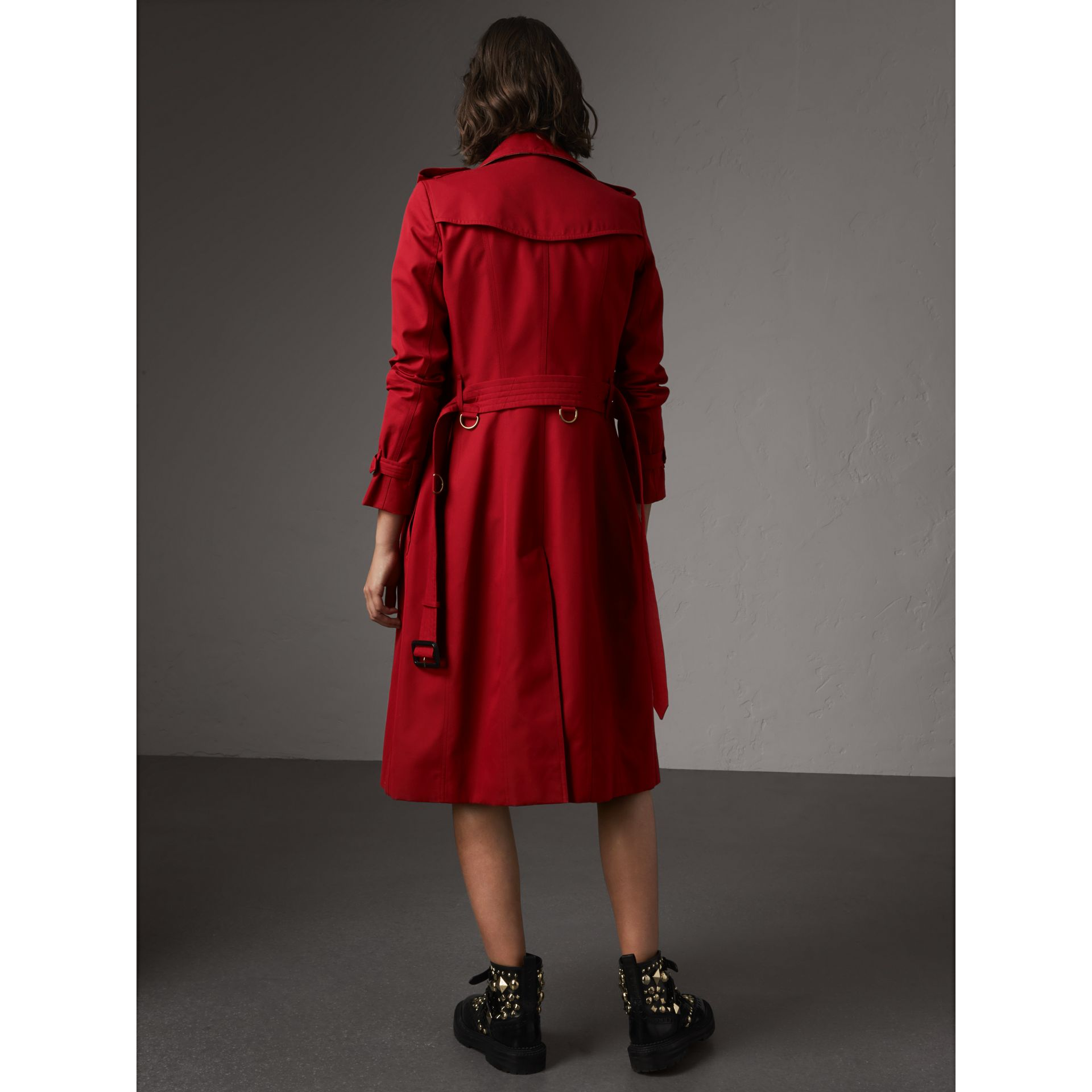 The Chelsea – Extra-long Trench Coat in Parade Red - Women | Burberry - gallery image 3