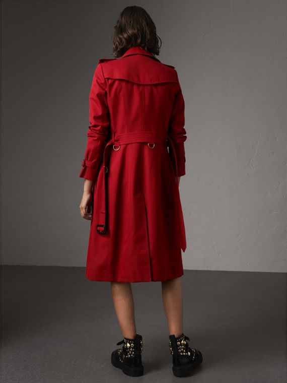 The Chelsea – Extra-long Trench Coat in Parade Red - Women | Burberry - cell image 2