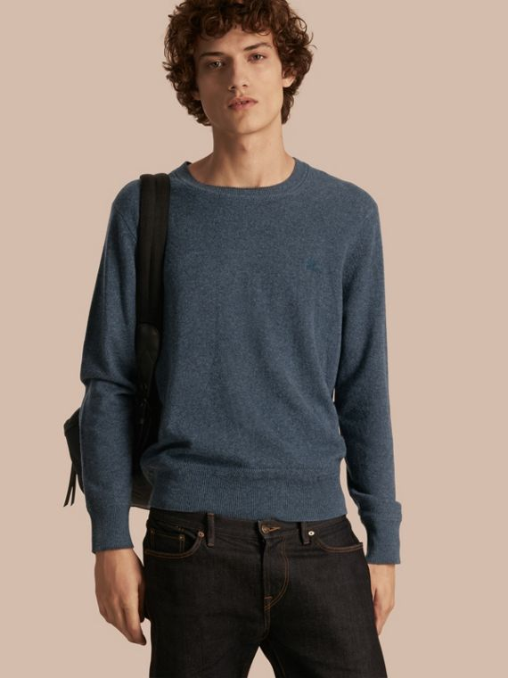 Crew Neck Cashmere Sweater in Airforce Blue