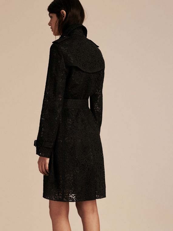 Nero Trench coat in pizzo italiano - cell image 2
