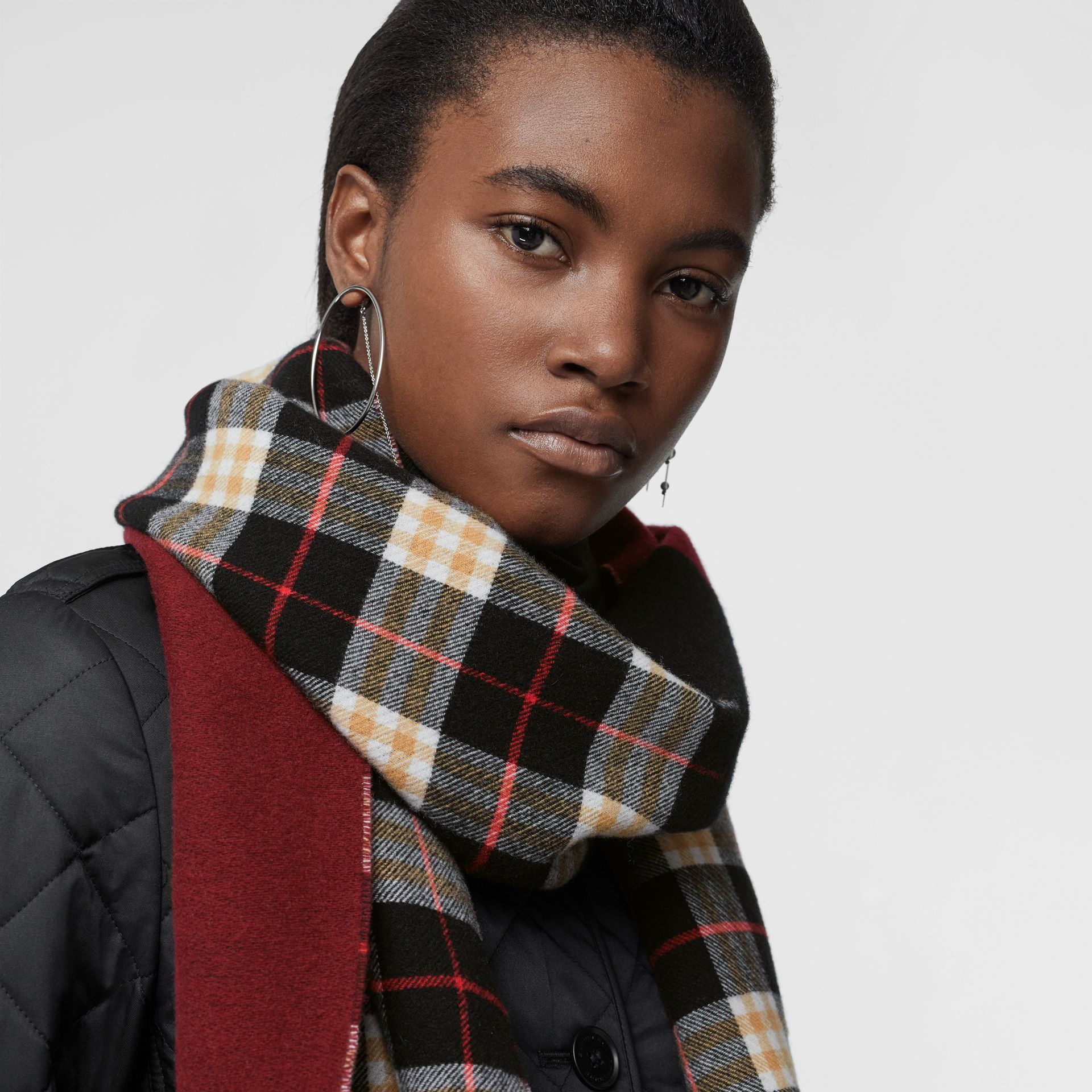 Reversible Stripe and Check Wool Cashmere Scarf in Black | Burberry - gallery image 5