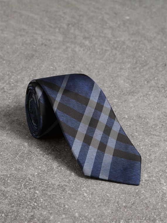 Modern Cut Check Silk Tie in Navy