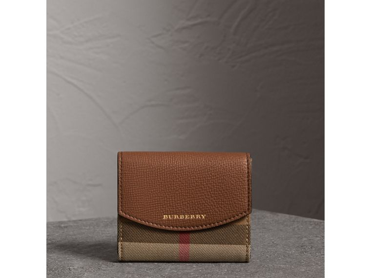 House Check and Leather Wallet in Tan - Women | Burberry Australia - cell image 4