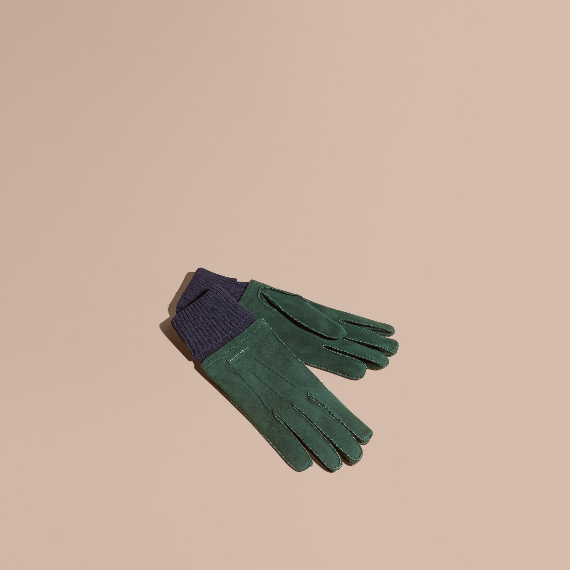 Gants en cuir velours avec bordure côtelée en laine et cachemire (Vert Cèdre Sombre) - Homme | Burberry - photo de la galerie 1