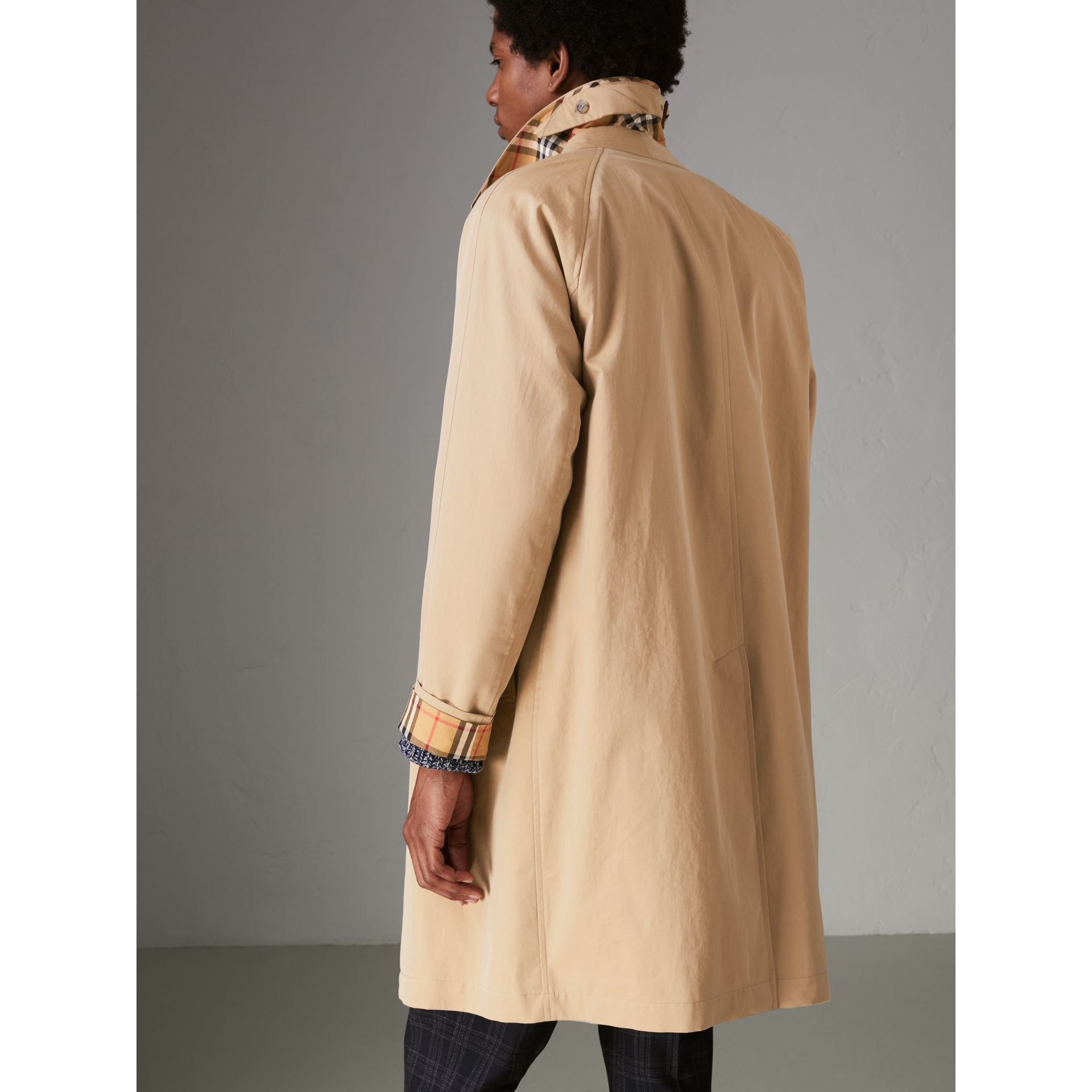 The Camden Car Coat (Honiggelb) - Herren | Burberry - Galerie-Bild 2