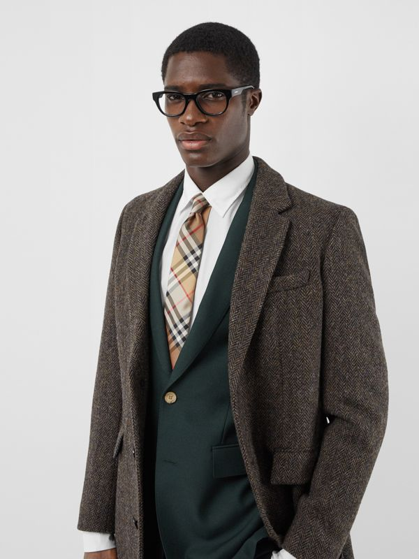 Classic Cut Vintage Check Silk Twill Tie in Archive Beige - Men | Burberry United Kingdom - cell image 2