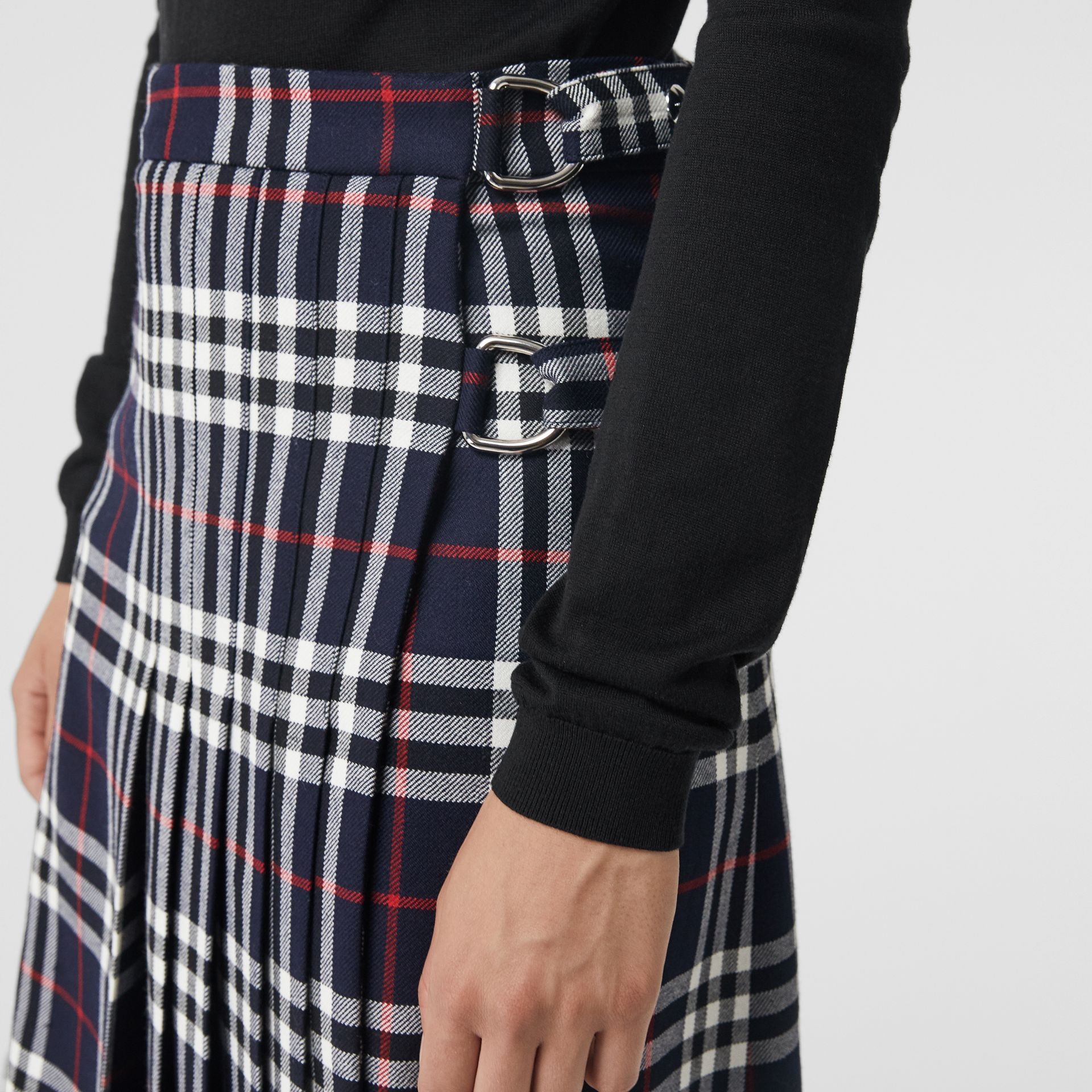 Tartan Wool Kilt in Navy - Women | Burberry United Kingdom - gallery image 1