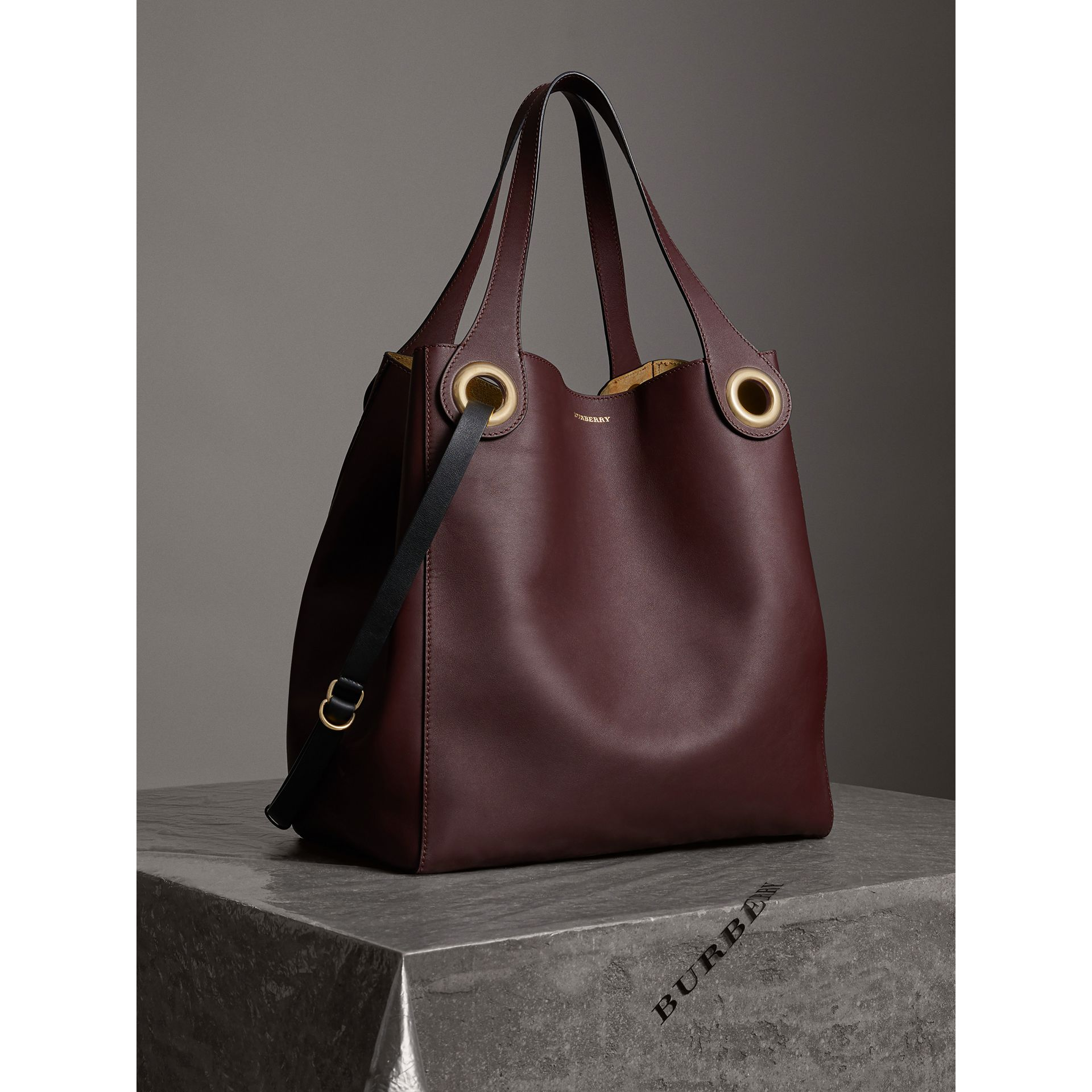 The Large Leather Grommet Detail Tote in Deep Claret | Burberry - gallery image 7