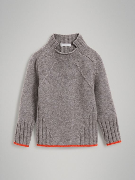 Merino Wool Blend Turtleneck Sweater in Mid Grey