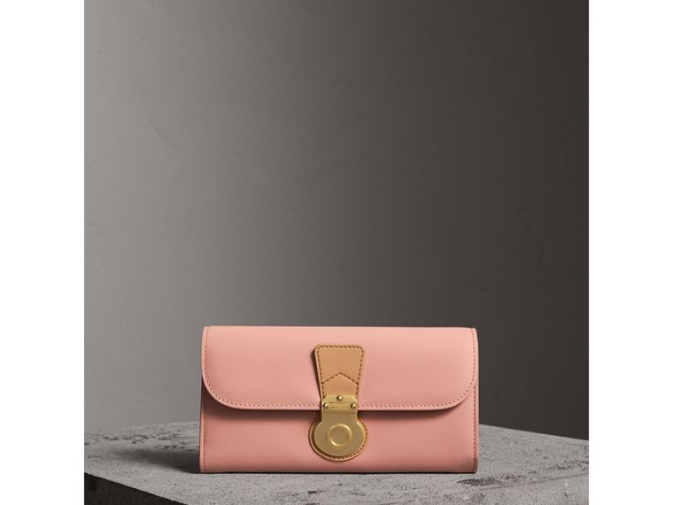 Two-tone Trench Leather Continental Wallet in Ash Rose/pale Clementine - Women | Burberry United Kingdom - cell image 4