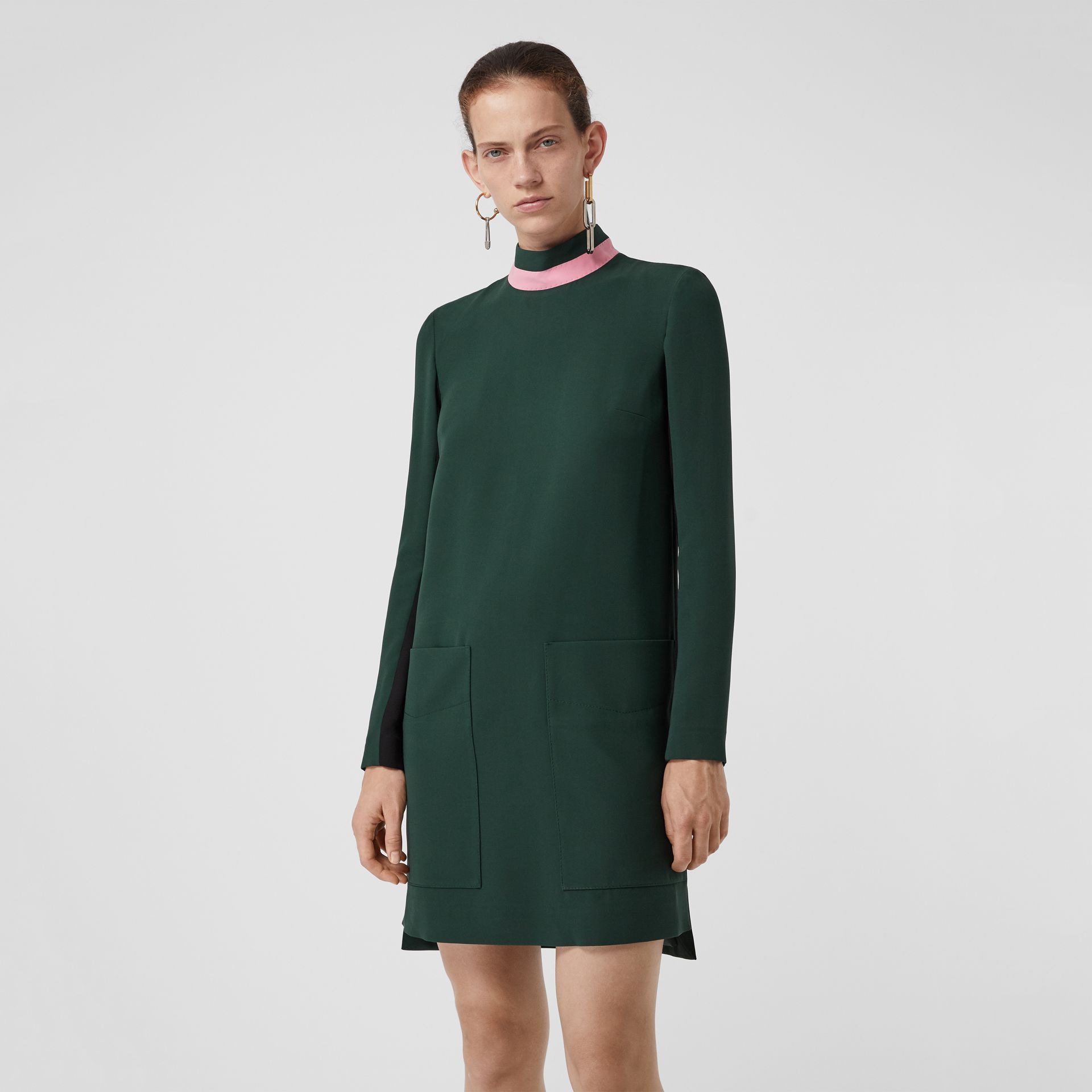 Two-tone Silk Wool Shift Dress in Dark Forest Green - Women | Burberry United States - gallery image 4
