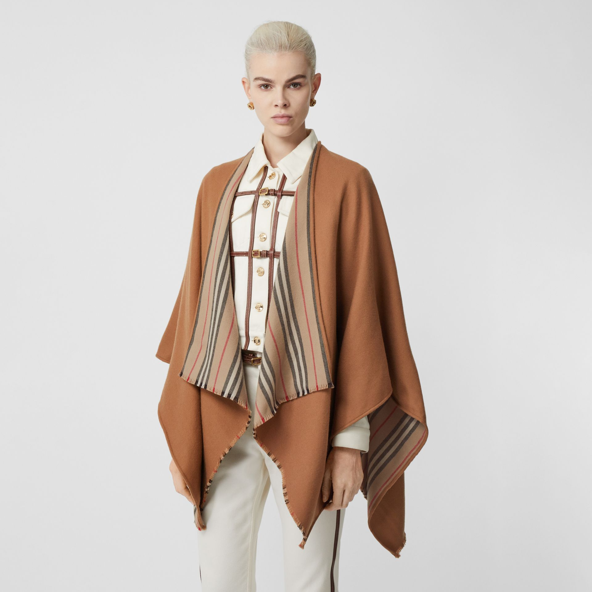 Icon Stripe Detail Wool Cape in Flaxseed - Women | Burberry - gallery image 4
