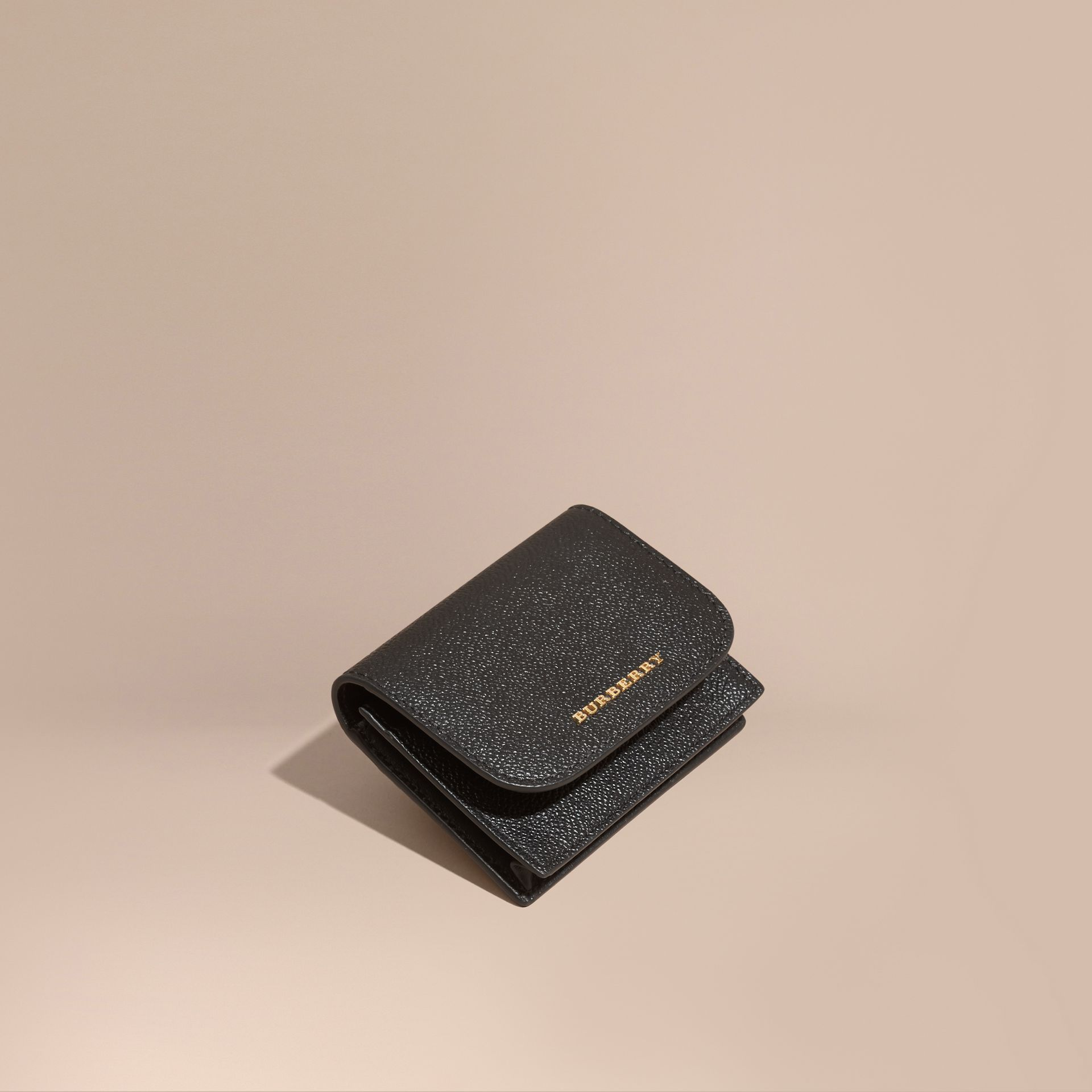 Grainy Leather Card Case Black - gallery image 1