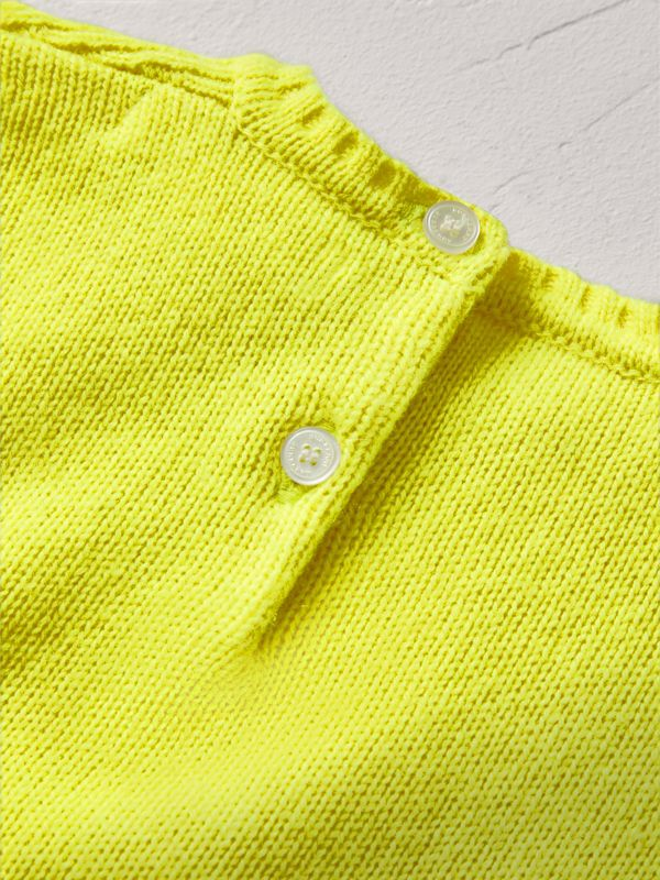 Cashmere Three-piece Baby Gift Set in Neon Yellow | Burberry - cell image 2