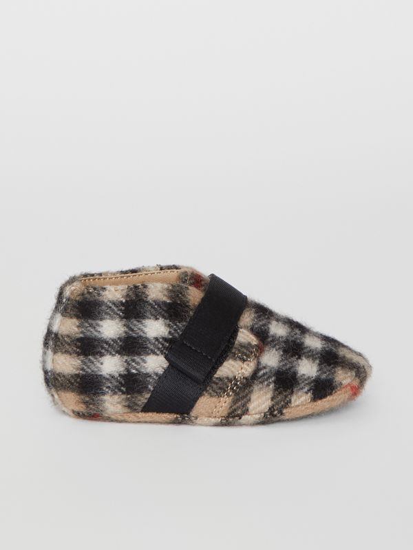 Vintage Check Wool Shoes in Archive Beige - Children | Burberry - cell image 3