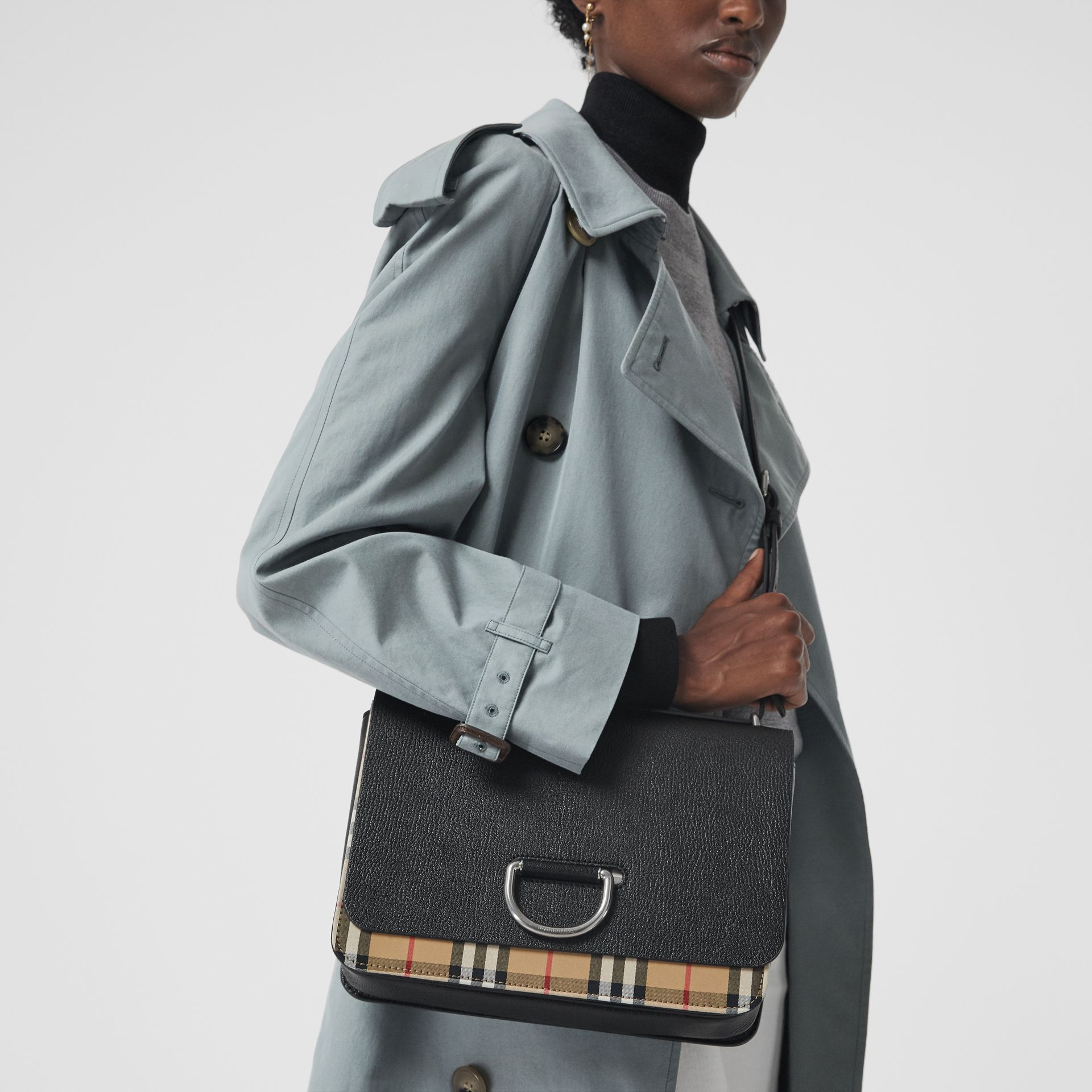 The Medium Vintage Check and Leather D-ring Bag in Black - Women | Burberry Singapore - gallery image 3