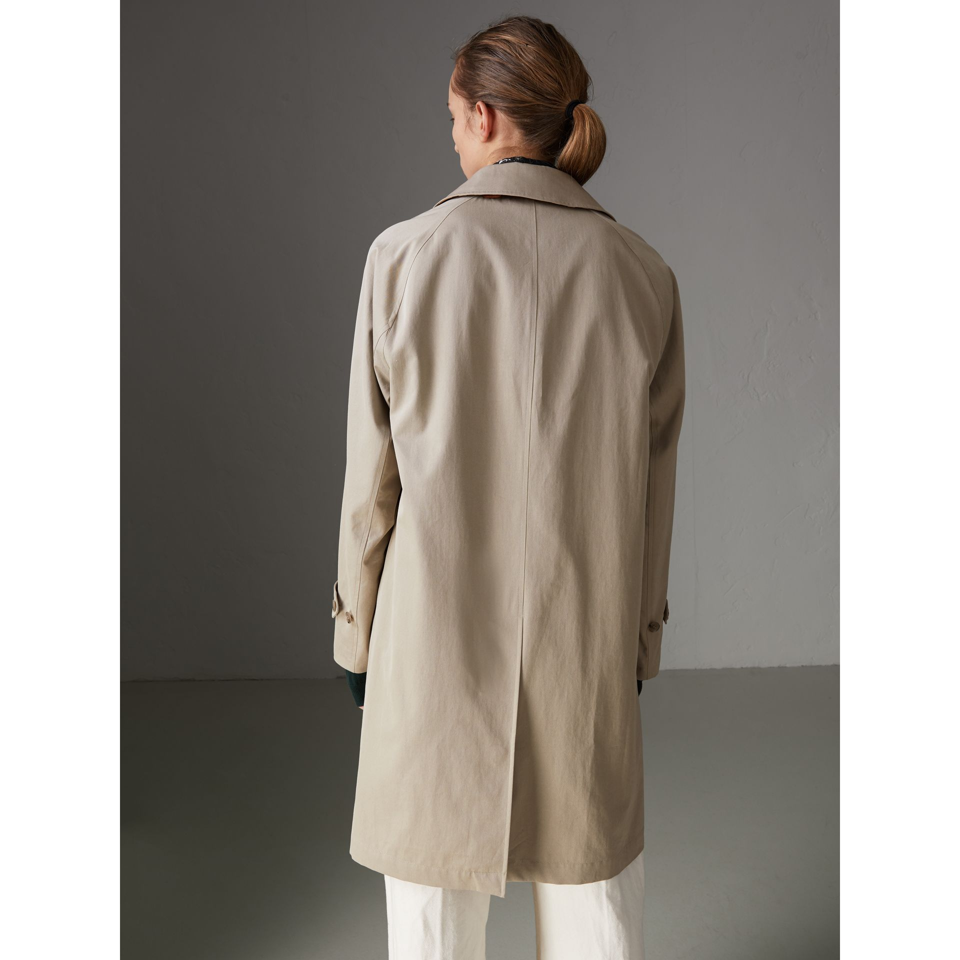 The Camden Car Coat in Sandstone - Women | Burberry United Kingdom - gallery image 2