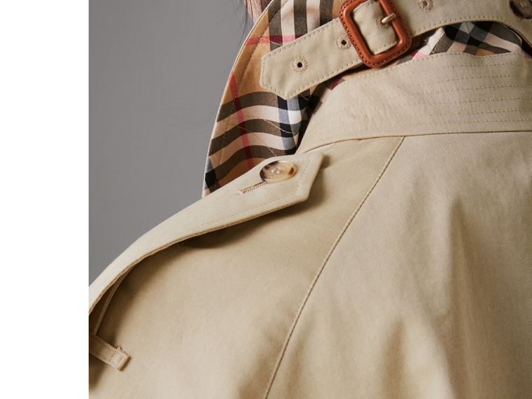 Side-slit Tropical Gabardine Trench Coat in Oatmeal - Women | Burberry United States - cell image 4