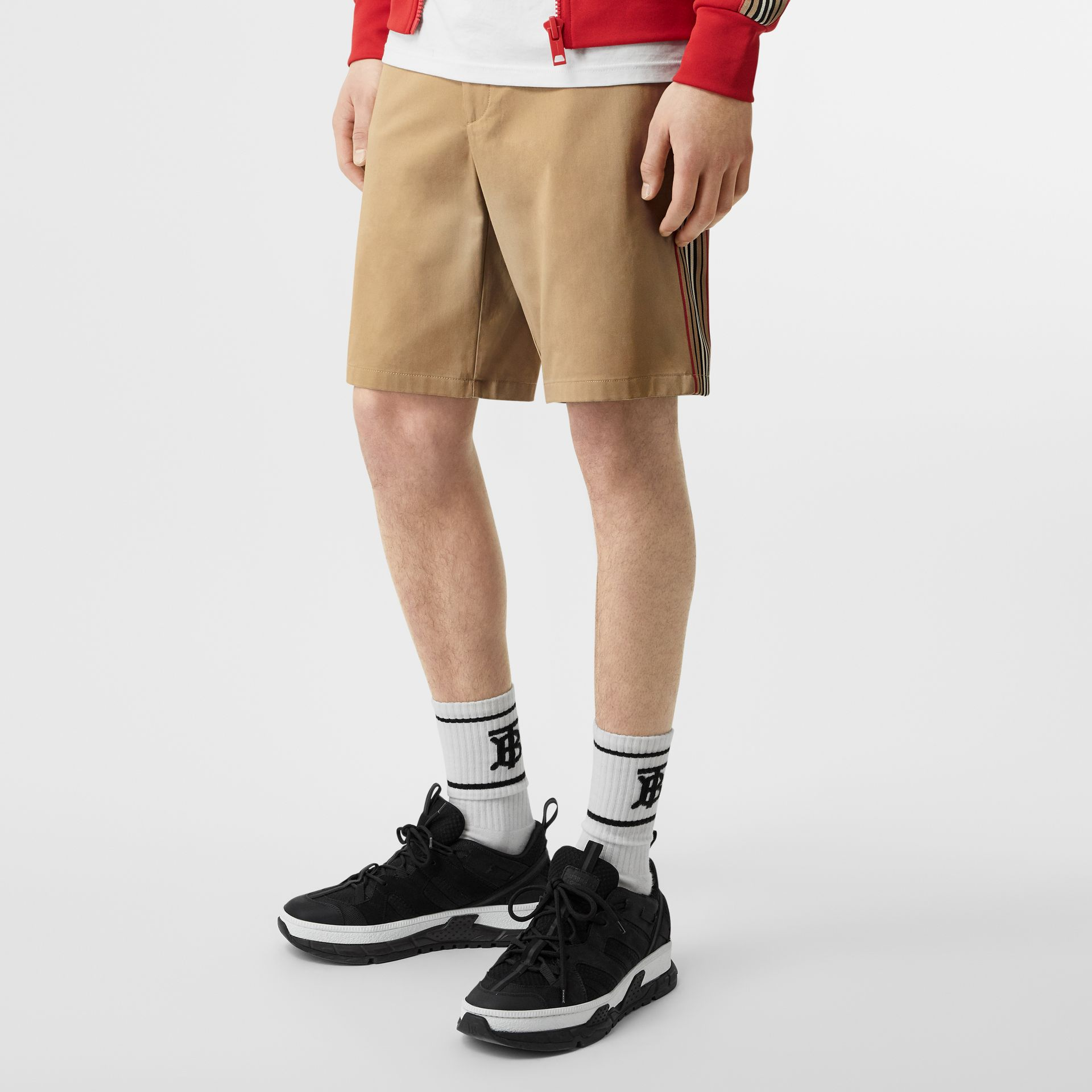 Icon Stripe Detail Cotton Twill Chino Shorts in Honey - Men | Burberry Canada - gallery image 4