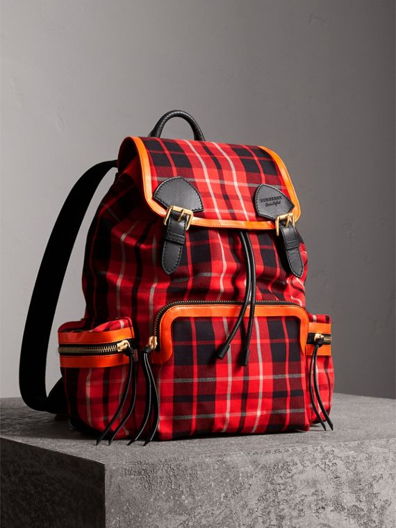 Grand sac The Rucksack en coton à motif check tartan (Rouge Vif)