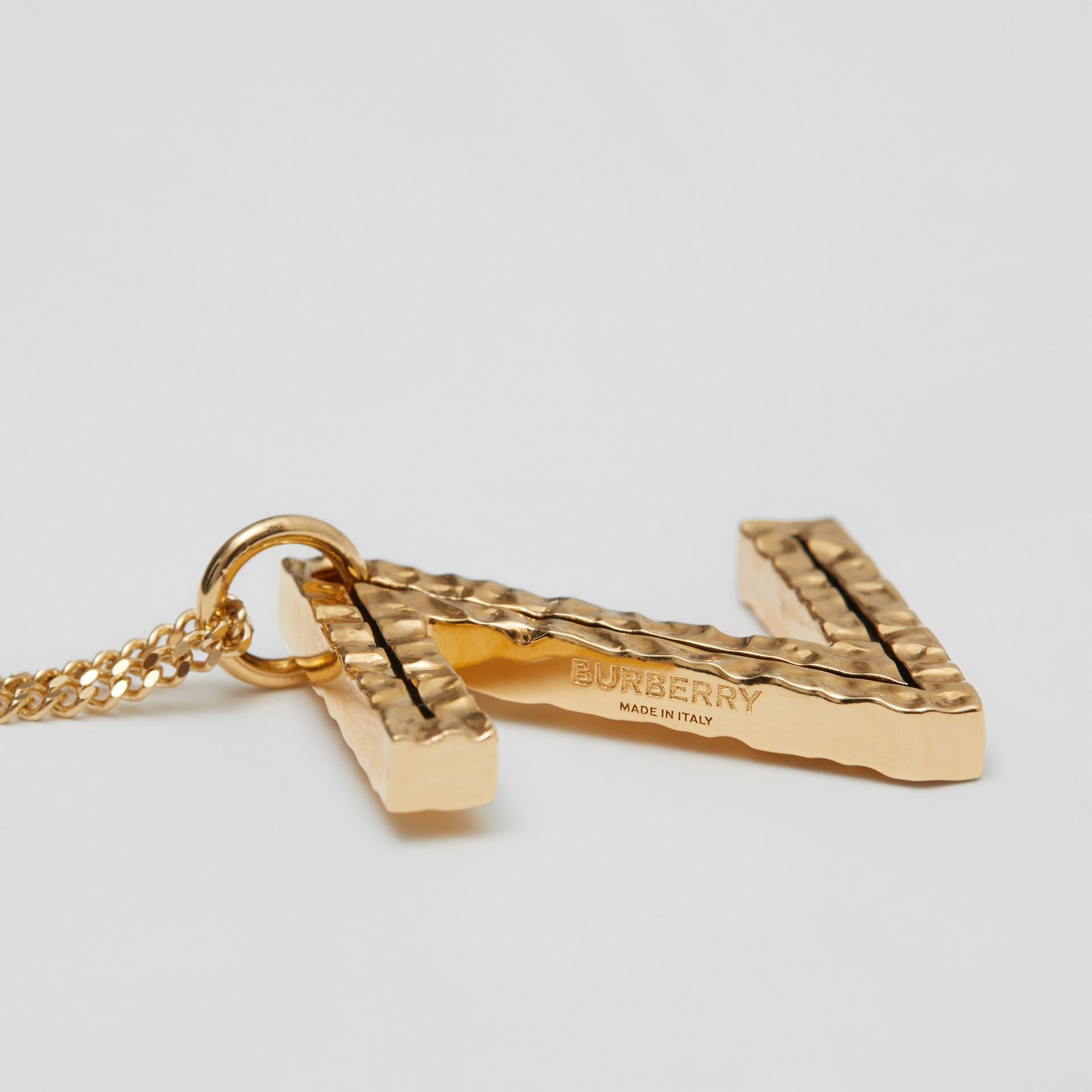Collana con ciondolo a forma di Z in metallo placcato oro (Chiaro) - Donna   Burberry - immagine della galleria 1